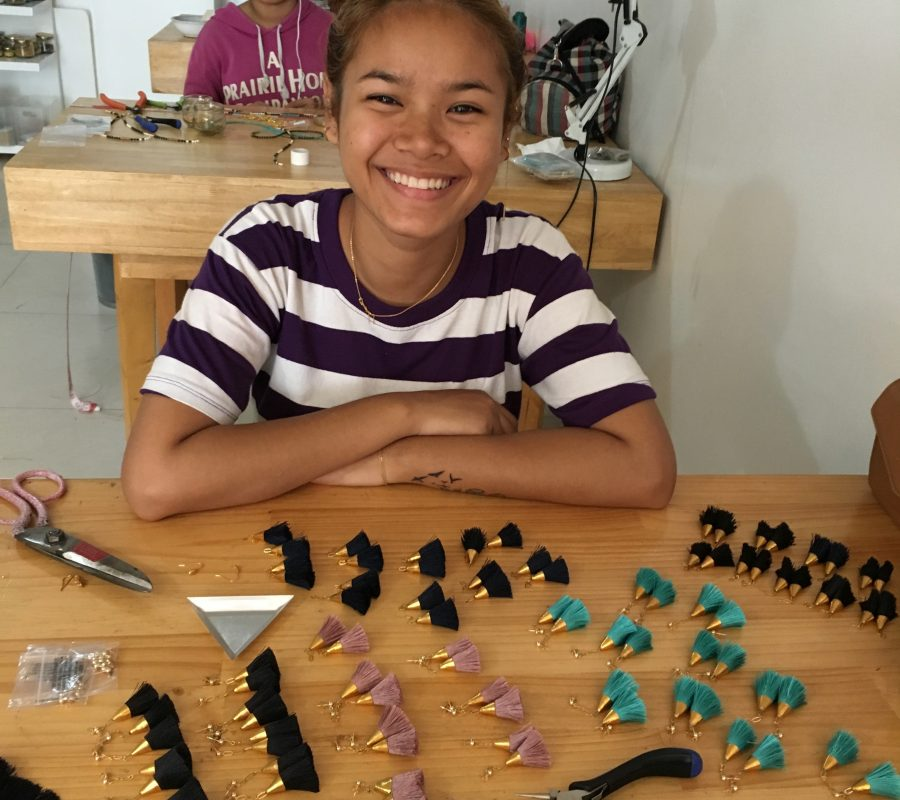 Heng making earrings
